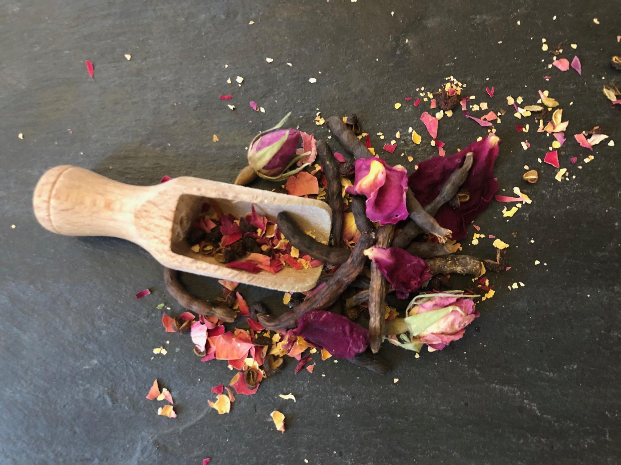 poivres d'exception à la rose de grasse comptoir de la rose